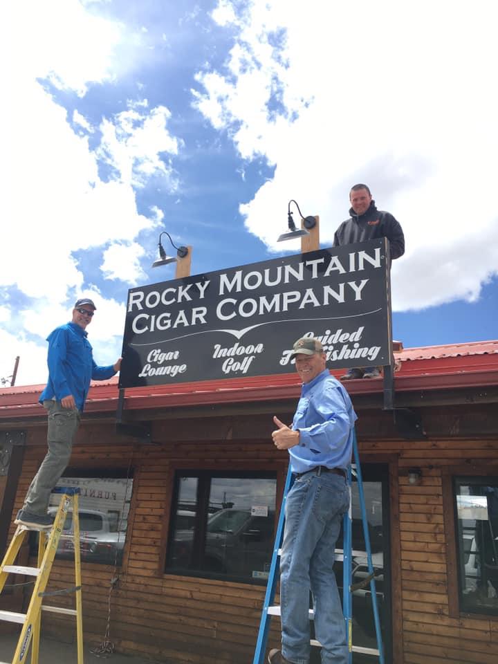 image of rocky mountain cigar exterior